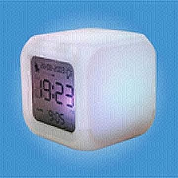 EA021 Alarm Clock with LED Color Changing